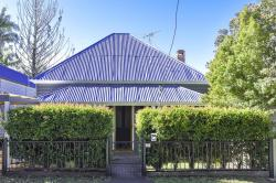 The Grey House, 104 Victoria Street, 2460, Grafton