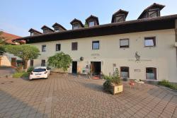 Hotel Bockmaier, Münchener Str. 3, 85667, Oberpframmern