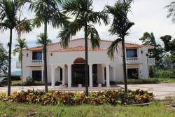 Hotel Reina Victoria, 5 kilometros adelante de Guamal via a San Martin, vereda la paz, 507057, Guamal