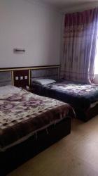 Wan Shi Inn, Middle Section, Gongga Avenue, Moxi Town, Hailuogou, Luding County, Sichuan, 626102, Luding