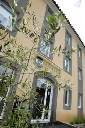 B&B Hôtel Aix-en-Provence Le Tholonet, 400, allée François Aubrun, 13100, Les Artauds