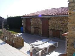 Maison des Tournesols, 23 Route de Poitiers, St Jouin de Marnes, 79600, Saint-Jouin-de-Marnes