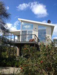 Anchors Beach House, 3 Morris St, 3269, Port Campbell