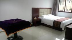 Zhenyuan Gujing Yiju Hotel, Xinyongshe Guchengdamatou Zhoudajie Zhenyuan County Qianzhou Nanmiaozu Tongzuzizhizhou, 557700, Zhenyuan