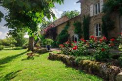 Gîtes Bois de Coursac, Bois de Coursac Sévérac le Château, 12150, Sévérac d Aveyron
