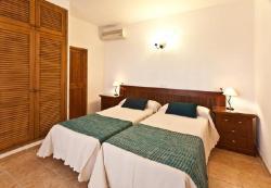 Six-Bedroom Holiday home in Sant Josep de Sa Talaia, Diseminado Pep Serra-benim 9, 7830, San Jose