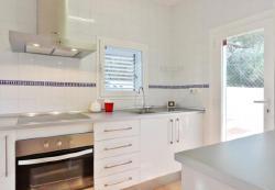 Three-Bedroom Holiday home in Josep de Sa Talaia / San Jose, Diseminado Can Salinas 538, 7829, Port des Torrent
