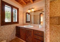 Four-Bedroom Villa in Sant Josep de Sa Talaia with Terrace II, Carrer la Carrasca 2-6, 7830, Cala Vadella