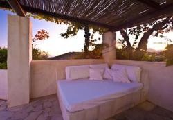 Three-Bedroom Villa in Sant Josep de Sa Talaia / San Jose with Pool, Diseminado Rampuxa 8748, 7830, San Jose