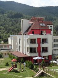 Hotel Byalo More, 2 Stefan Stambolov Street, 4940, Banite