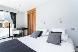 Villa J, 145 Chemin Bel Azur, 06700, Saint-Laurent-du-Var