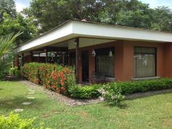 Condominio Villa Verde, Urbanizacion Oasis, contiguo a la entrada del club Puntaleona, avenida aves del paraiso, Tarcoles, 61102, Quebrada Ganado