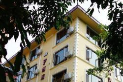 Emeishan F Hotel Zhenpin Branch, 100 Metres Up of Tianxia Mingshan Arch, Baoguo Temple Scenic Area , 614201, Emeishan