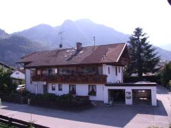 Gästehaus Albina, Ahornweg 5, 83126, Flintsbach