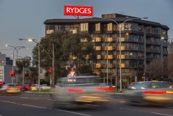 Rydges South Park Adelaide, 1 South Terrace, 5000, Adelaide