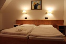 Hotel Gaya, Odenwald Str. 5, 65812, Bad Soden am Taunus