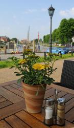 Zum Goldenen Anker, Am Hafen 32, 25832, Tönning