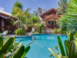 Palms, Pool and Beach in Blairgowrie, 8 Royadie st, 3942, Blairgowrie