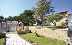 Holiday Home St. Romain en Viennois with a Fireplace 06,  84110, Saint-Romain-en-Viennois