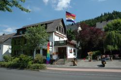 Gasthof Holländer Eck, Fredeburger Straße 75, 57368, Lennestadt