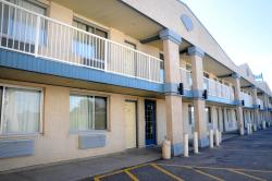 Country Lane Inn & Suites, 160 Begg Street West,  S9H 0K6, Swift Current