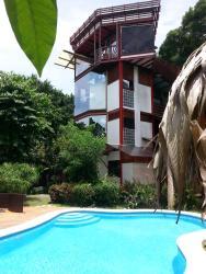 La Casa Del Mango, 200 Meters West Of The Soccer Field,Playa Negra,, Cahuita