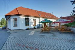 Restaurace a Penzion U Novaku, Bitovany 1, 538 51, Bítovany