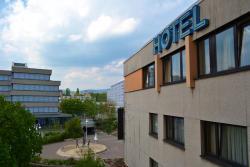 Fair Hotel am Rathaus, Marktplatz 7, 65824, Schwalbach am Taunus