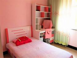 Ejinaqi Damo Huyang Guesthouse, Tianfujiayuan Community,Alashan Ejinaqi, 735400, Ejin