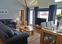 Willow Lakes Lodges, Humber View Willow Lakes Barton Street , DN37 0RU, Waltham