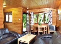 Hunters Moon Lodges, Henfords Marsh, BA12 9PA, Warminster