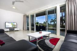 Holiday Home Palm View, 5081 St Andrews Terrace, 4212, Χρυσή Ακτή