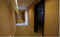 Holiday Theme Hotel, No. 41 Huiwen Road, Hongwei District, 111000, Liaoyang