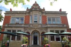 Millfields Hotel, 53 Bargate, DN34 5AD, Grimsby