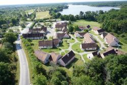 Village Vacances Nature, Base de Loisirs de Bellebouche, 36290, Mézières-en-Brenne