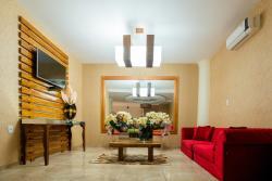 Cacau Palace Hotel, Tv. Cassandro Silvério, 1007, 68145-000, Medicilandia