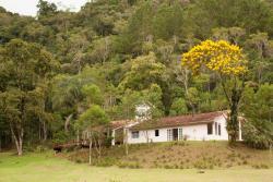 Casa das Hortensias, Fazenda Areia Branca - Bairro do Boituva, 18300-000, Capão Bonito
