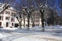 Best Western Grand Hotel de Paris, 124, Place Pierre Chabert, 38250, Villard-de-Lans
