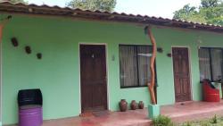 Cabinas Lolito, 50 este y 75 oeste del Ministerio de agricultura y Ganaderia, 00011, Paquera