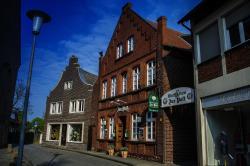 Hotel Gasthof Zur Post, Kirchplatz 3, 48324, Albersloh