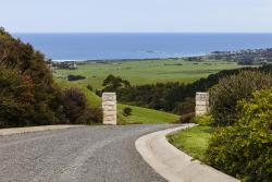 Glenoe Cottages, 235 Tuxion Road, 3233, Apollo Bay