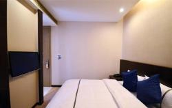 Herui Yi'er Boutique Hotel Finance Harbour, No.12 Liufang Avenue, 430000, Jiangxia
