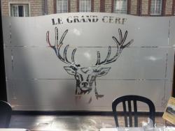 Hostellerie Du Grand Cerf, 9 Grande Rue Fausse Porte, 76270, Neufchâtel-en-Bray