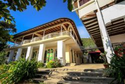 Habitation Des Lauriers, Rue 13 Q, 2001, Cap-Haïtien