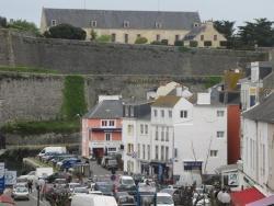Hotel Saint Amant, 14 Rue Carnot, 56360, Le Palais