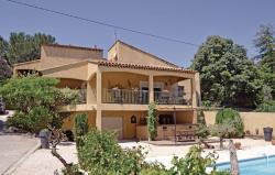 Holiday home St Mitre les Remparts 63 with Outdoor Swimmingpool,  13920, Saint-Mitre-les-Remparts
