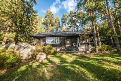 Villa Skitunäs, Skitunäsintie 272, 49270, Pyhtaa