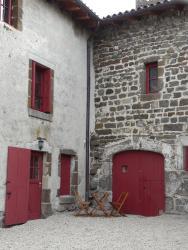 Le Gîte De La Savonnerie, Place Princesse, 43000, Polignac