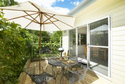 luxury abalina cottages, 3 Rotary drive, 3741, Bright