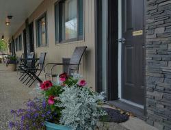Maple Leaf Motel Emerson, 115 Taylor Street, R0A 0L0, Emerson